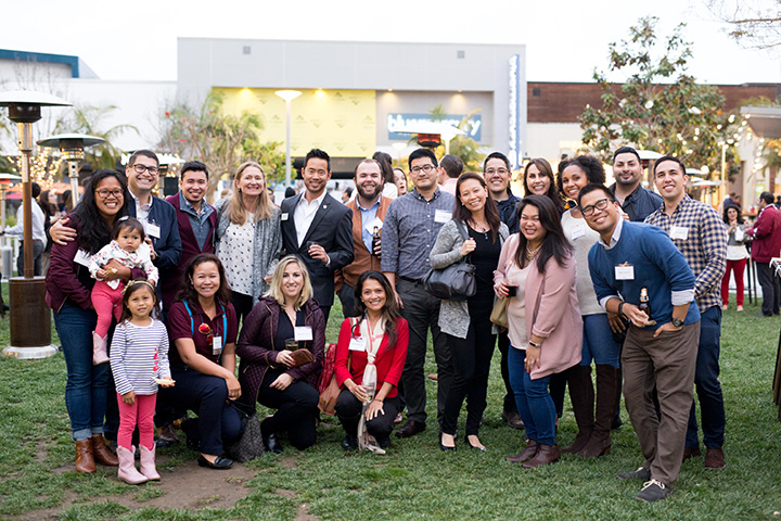 A large group of alumni at a South Bay event